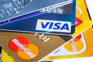 Les cartes VISA et Mastercard sont les cartes bancaires les plus utilisées chez les opérateurs de paris sportifs en ligne